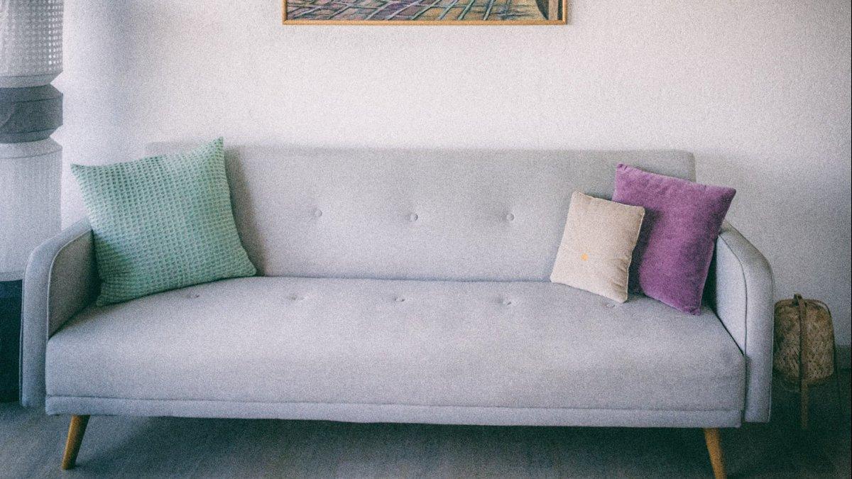 Dekoracje nad sofą